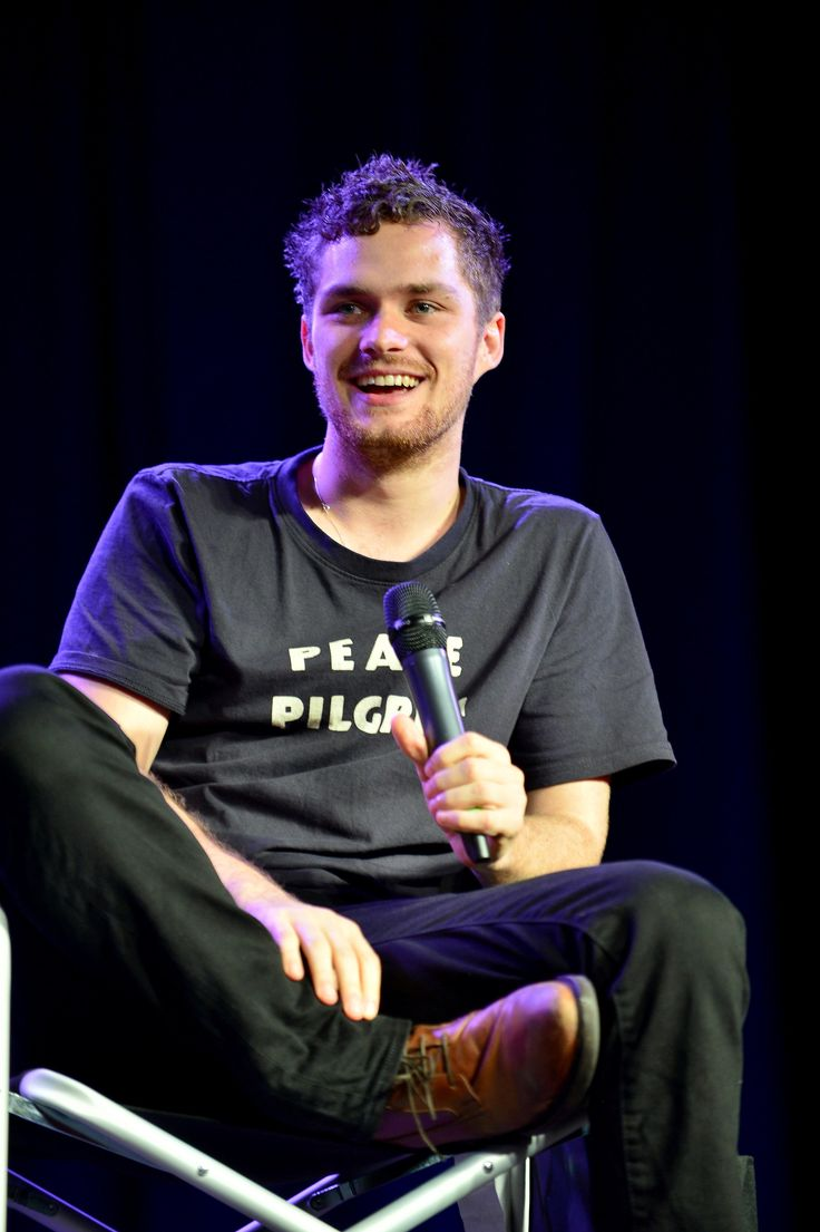 85 best finn jones hefner k roly images on pinterest finn jones television and cute guys. Black Bedroom Furniture Sets. Home Design Ideas