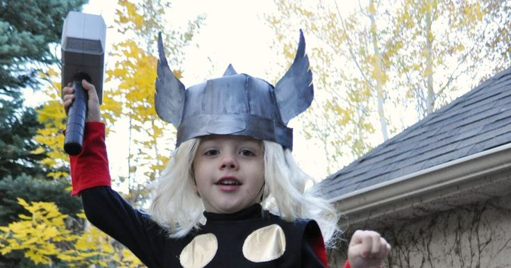 If you're dropping in from DailyBuzz Moms, then welcome!  A couple of weeks ago I finished a funny viking Halloween costume for my younges...