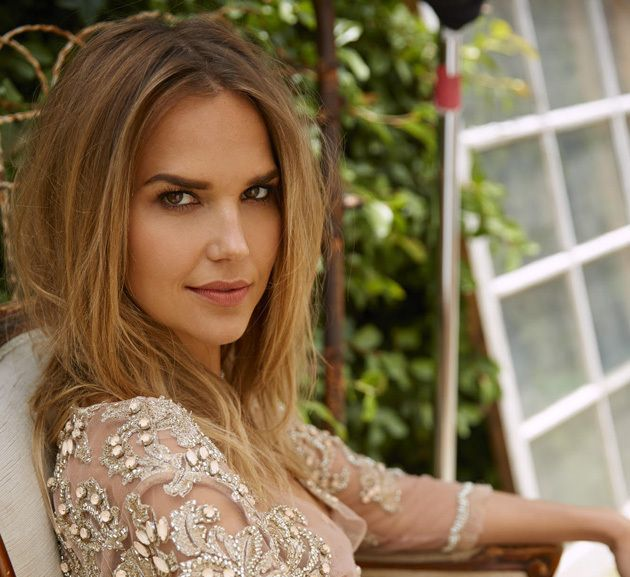 "Arielle Kebbel Upped To Regular On Dwayne Johnson's ""Ballers"" 