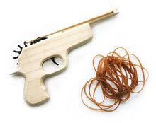 Houten elastiek pistool -De Oude Speelkamer