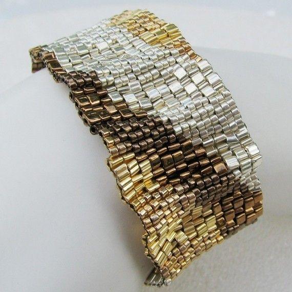 Metalli misti ondulato colore nastro Peyote polsino 2531