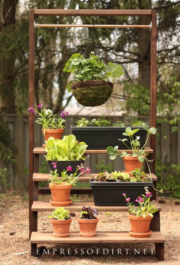 How To Build A Simple Staircase Plant Stand Empress Of Dirt Vertical Garden Diy Diy Plant Stand Vertical Garden