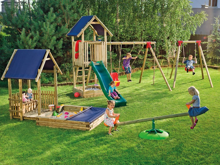 Taki plac zabaw to frajda dla dzieci.