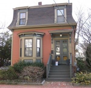 32 best real estate license house styles images on for Mansard roof pros and cons