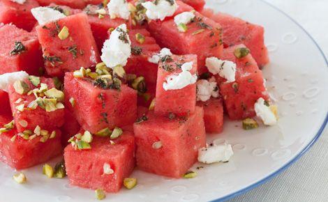 Salade rafraîchissante de melon d'eau au citron