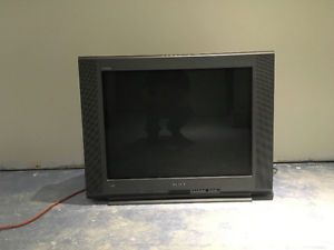 """Sony 32"""" Trinitron flat screen TV"""