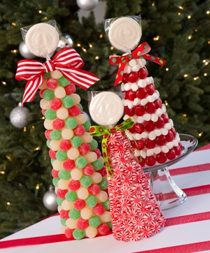 Cute Christmas Candy Topiaries