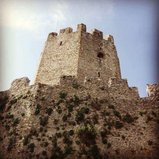 αλεπού του Ολύμπου: Από το κάστρο στην καρδιά του Πλαταμώνα...Δείτε-ακ...