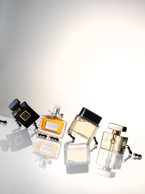 Beauty Special JAN Magazine 10-2012 Photography by Frank Brandwijk   Perfume