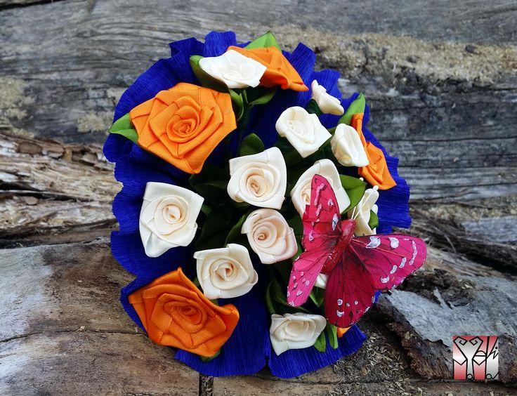 5 leány ajándéka.. 5 nagy rózsa..14 mini rózsa..