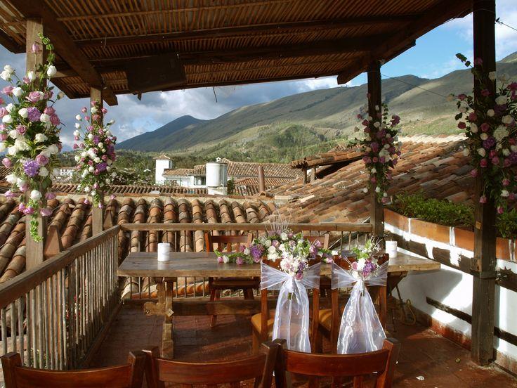 Restaurante Antique   Comida tradicional con todo el sabor casero en Villa de Leyva.  Cr 9 No 13 55 EL Solar de la Guaca
