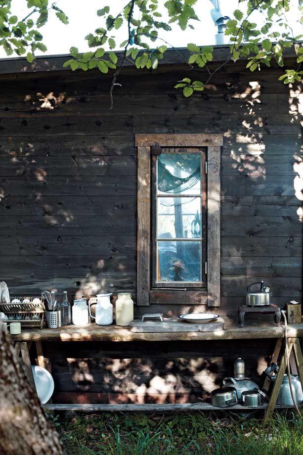 Outdoor living  xo--FleaingFrance: Kitchens Interiors, Summer Kitchens, Kitchens Design, Outdoor Living, Rustic Outdoor Kitchens, Outside Kitchens, Outdoor Cooking, Design Kitchens, Modern Kitchens