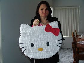 DIY hello kitty piñata