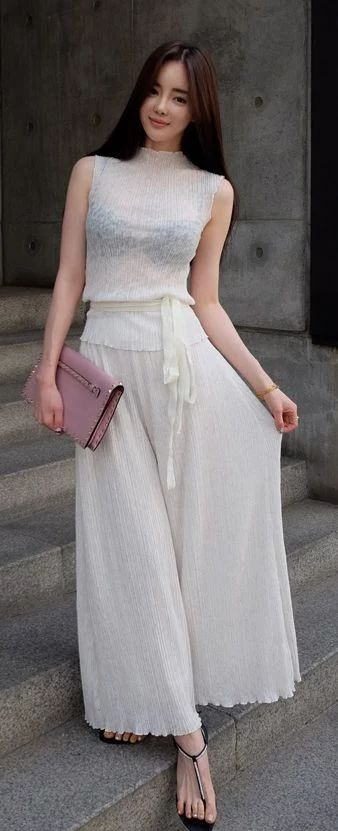 Luxe Asian Women Dresses Asian Size Clothing Luxury Korean Woman Fashion Style 韓国の服 韩国衣服 韓国スタイル 韩国风格,韓国ファッション, アジアンファッション