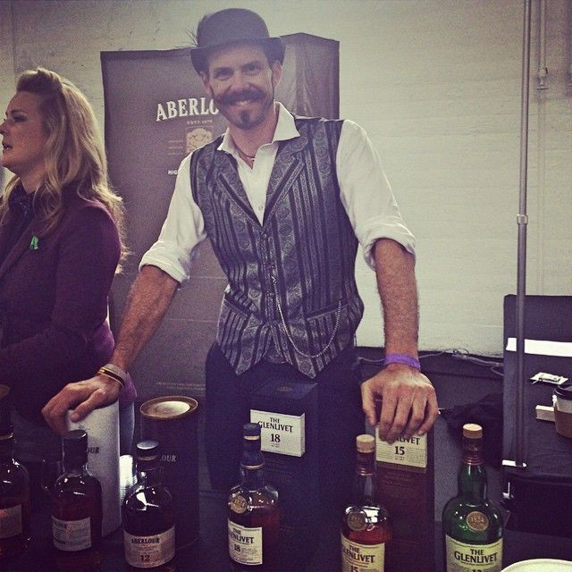 Josh Gelfand, Master of Scotch, kicking sartorial ass & educating ppl about #Scotch. #TheGlenlivet #Aberlour #Scapa #Whisky #CraftSpiritsCarnival