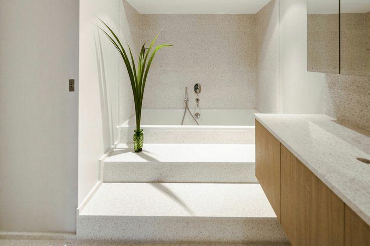 Salle de bain en dalles terrazzo