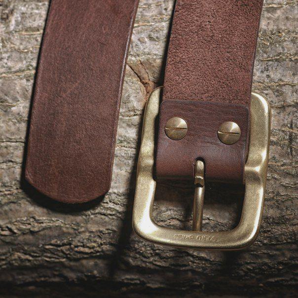 Pánský kožený pásek s mosaznou sponou - hnědý