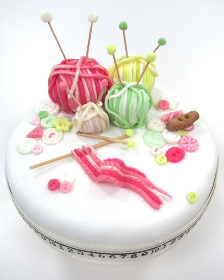 FQ Knitting cake