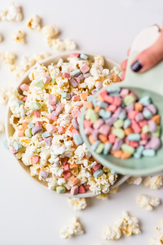 LOVE this easy, fun party recipe for Lucky Charms Popcorn. Pro tip: We've got a resource for ordering just the marshmallows for use in baking. Perfect for St. Patrick's Day too.   recipe: Paper & Stitch