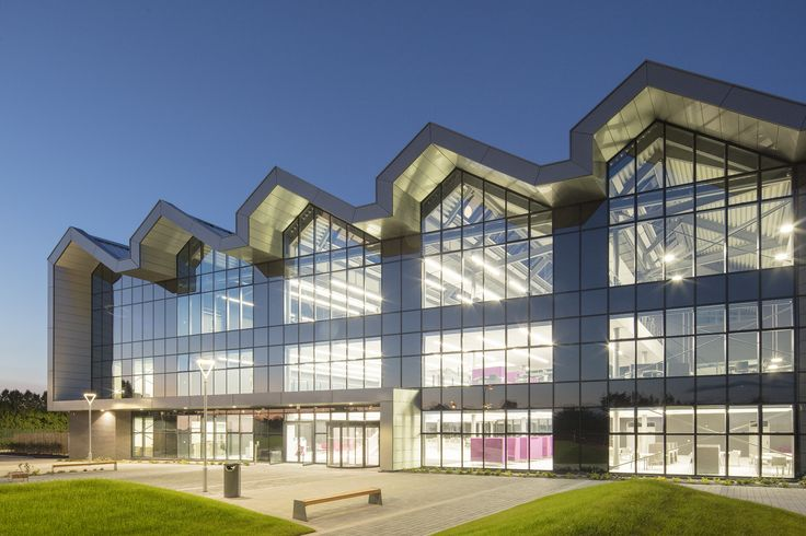 National College of High Speed Rail. Doncaster, UK | larson® Anodic Brushed Glossy