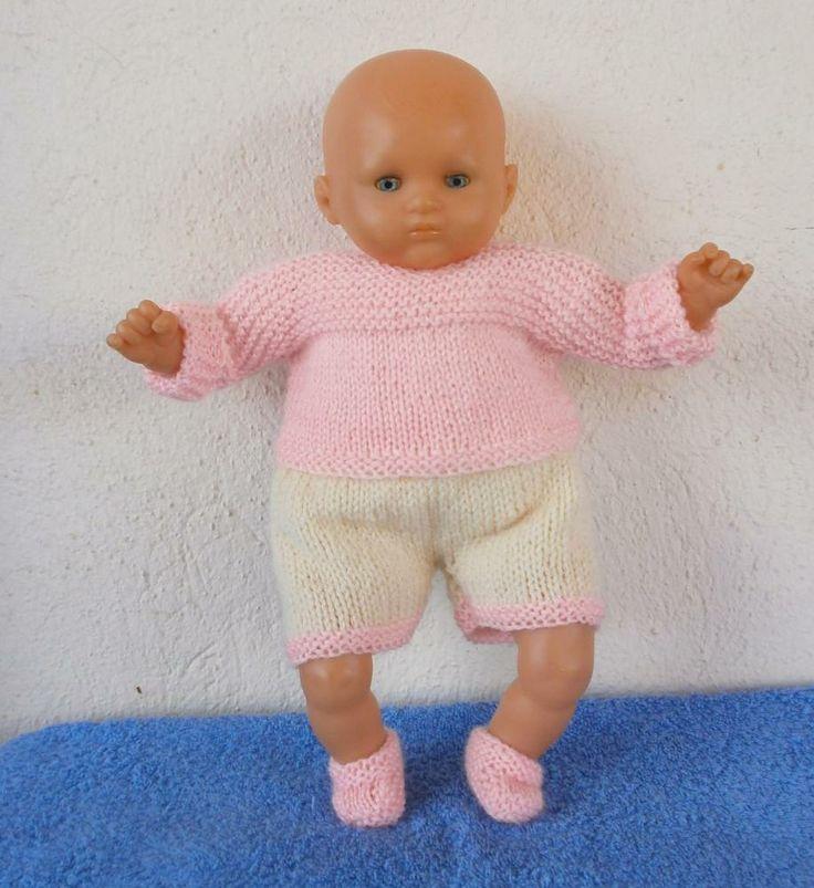 Pour poupon de 30 cm, un ensemble layette rose pastel : brassière, culotte et chaussons. MCL Poupées, habits pour les poupées et les poupons