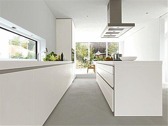 Greeploze design keuken b1 met eiland in het wit (bulthaup)