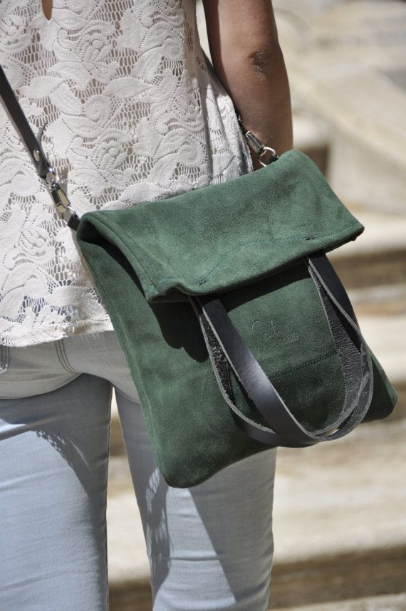 Leather bag green leather bag summer bag por SANTIbagsandcases, $117.00                                                                                                                                                                                 Más