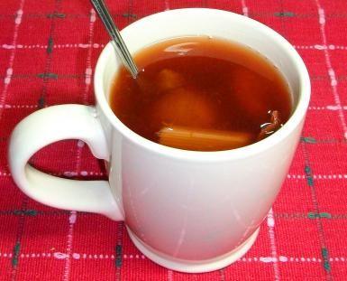 No es Navidad sin el rico y reconfortante ponche caliente de frutas: Un buen ponche caliente te reconforte y te vuelve a la vida.