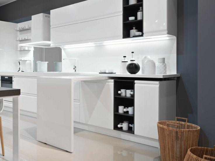 Tavolo girevole Terminale - Cucine moderne e classiche con proposte salva spazio per arredare la cucina