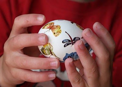 The Prettiest Easter Eggs - In my heart I still LOVE doing easter eggs.: Tattoos Work, Decorating Idea, Fake Tattoos, Coloring Ideas, Magic Onions, Prettiest Easter, Easter Eggs, Spring Crafts, Easter Ideas