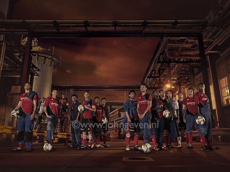 Soccer player Voetbalspeler Helmond Nederland Netherlands actiefoto kick football sport keeper dive team photo idea professional