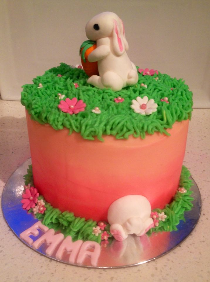 Bunny cake for a lite 4 year d