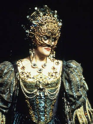 Dame Joan Sutherland as 'Lucretia Borgia'. An amazing  Aussie opera sister.