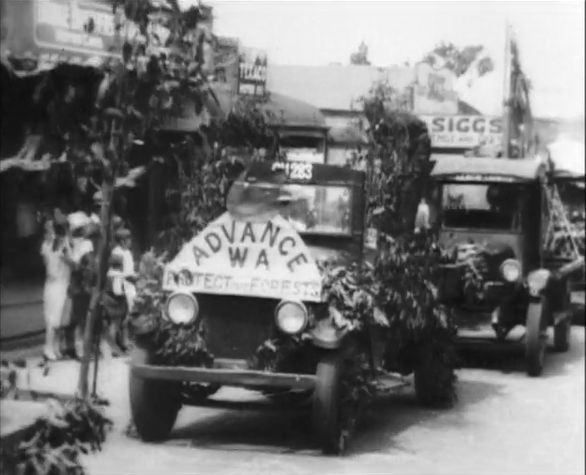 [Click to view film] Collie's centenary carnival, 1929 : a Len O. Siggs film. More information on film content can be found on the SLWA catalogue.  http://encore.slwa.wa.gov.au/iii/encore/record/C__Rb1383886__Slen%20o%20siggs__Orightresult__U__X6?lang=eng&suite=def