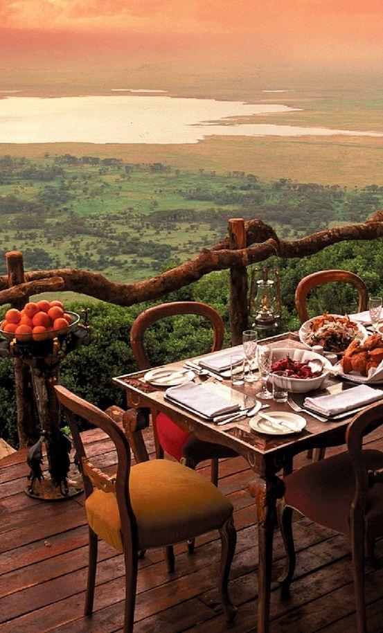 Safari, esim. Tansaniaan kannattaa mennä kesä-elokuussa