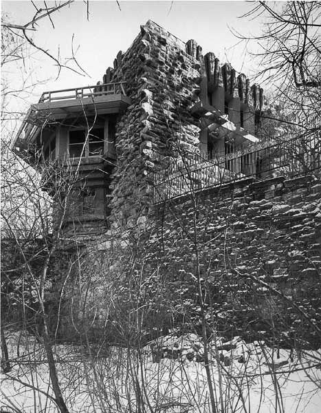Melson House (1912) by Walter Burley Griffin, Mason City, Iowa