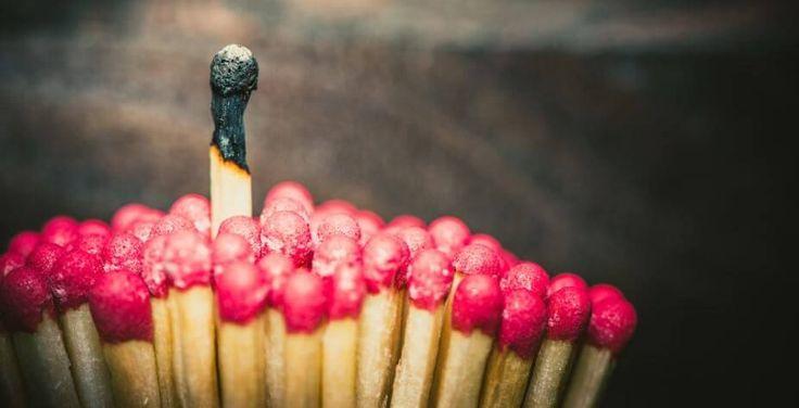 Comment agir devant un proche qui nous blesse avec ses actions ou ses mots? Apprenez à freiner les relations toxiques dans votre famille.
