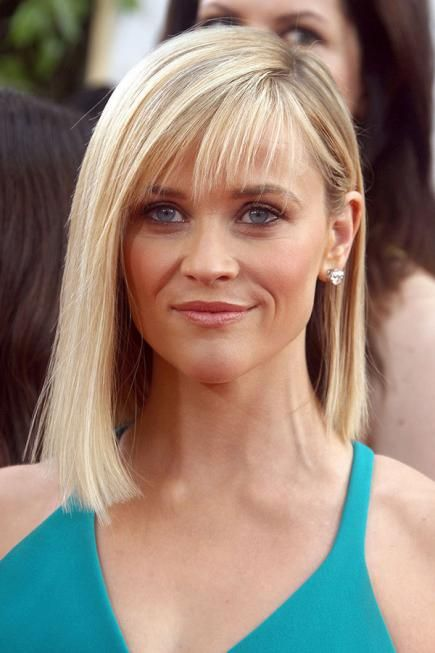 Reese's most recent long blunt bob is a great look on her and would be the same on any woman with fine hair. #hairstyles #ReeseWitherspoon