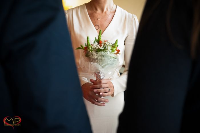 Wedding in Venice / The Bride and the flowers