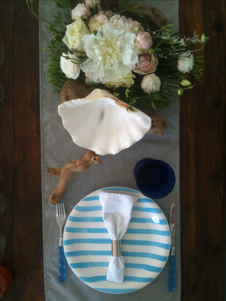 Villa F Coastal tablesetting