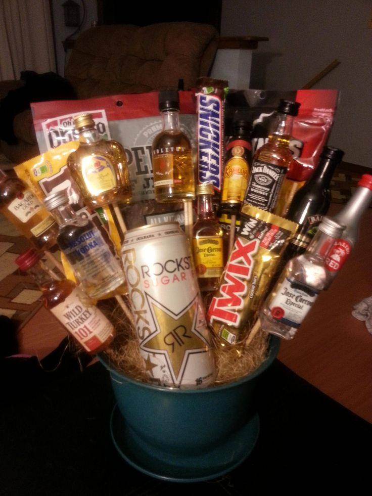 Best 25 guy gift baskets ideas on pinterest boyfriend for Super cheap gift ideas