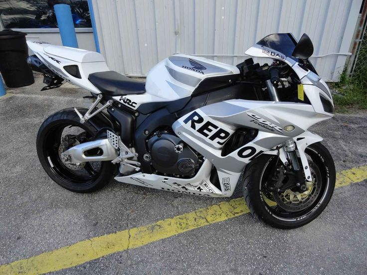 Used 2006 Honda CBR1000RR Motorcycles For Sale in Florida,FL. 2006 HONDA CBR1000RR, 2006 Honda cbr1000rr, White, Must See, Excellent Condition, 75 motorcycles to choose from. Special motorcycle financing is available even with a low credit score, Visit Prime Motorcycles at 1045 North US Hwy.17-92 Longwood, Florida 32750. Hours: 9-5 Tues. thru Sat. After hours appointments are also accepted, Please call Chad at 321-203-4538 (anytime including weekends) for additional financing information and…