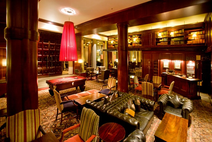 Library - African Pride Melrose Arch Hotel