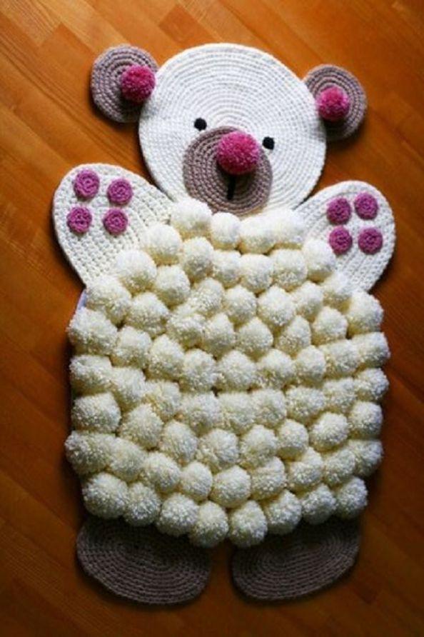 Oricine are in casa resturi de lana ramase de la articolele vestimentare impletite pentru membrii familiei. Iata ce puteti face din ele