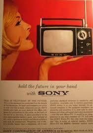 Revista amb anunci de la marca d'aparells electrònics SONY als anys 60