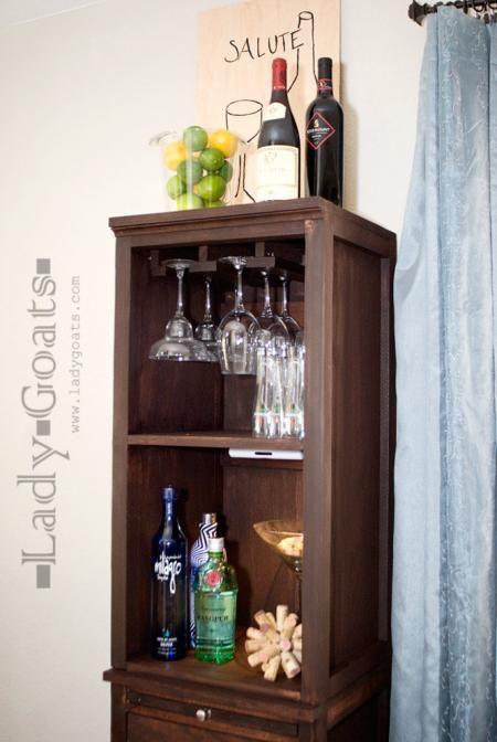 Build liquor cabinet plans woodworking projects plans for Diy liquor bar