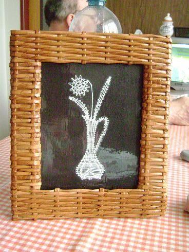 Handmade-kursy ,wzory ,tutoriale: Ramka z gazetowych rurek