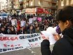 Lectura del manifiesto por los representantes del sindicato de Estudiantes contra la reforma educativa de Wert