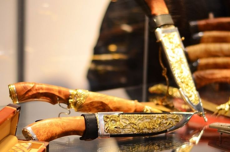 #Travel #tour #Exhibition #Fair #knives (13)