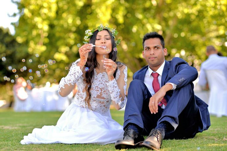 Boho chic wedding...Beautiful couple♥